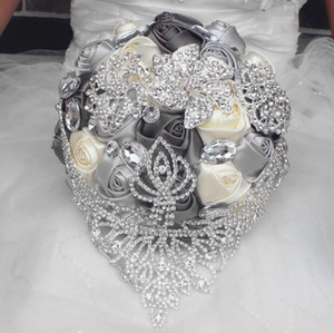 2019 New European style Wedding Bouquet Hand Made Artificial Lily White Bride Bridesmaid Bridal Party Accessories Flower Decoration