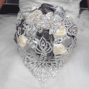 2019 جديد النمط الأوروبي الزفاف باقة يدوية اليد الاصطناعي زنبق الأبيض العروس العروسة الزفاف حزب الملحقات زهرة الديكور