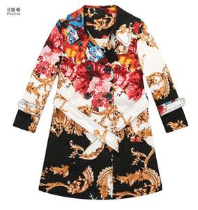 2 -10 marca muchachas de los años gabardina con capucha totémico europeas de ropa para niños de impresión viento capa libre del envío