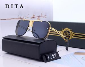 verkaufen Sie gut die Marke der neuen Artmänner im Freiensportholzsonnenbrillemarken-Modedesigner klassische randlose Büffelhorngläser 2019 mit Kasten