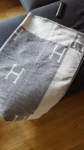 H Imitation Kaschmir-Decke Crochet weiche Wolle-Schal-Schal Tragbarer Warm Plaid Sofa Bett-Vlies-Strickwurf Towell Cape rosa Decke