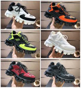 Geliş Erkek Cloudbust Thunder Örme Sneakers Lüks Tasarımcı Oversize Sneaker Işık Kauçuk Sole 3D Eğitmenler Kadın Büyük Boy Üçlü
