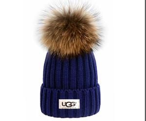 2020 Qualité Hot luxe Automne Hiver laine unisexe mode chapeau bonnet occasionnels chapeaux lettre crâne femmes hommes casquette designers bonnets occasionnels