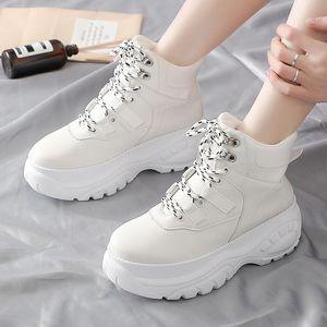 Дешевые Женская обувь 2019 Tide корейской версии Повседневная обувь для женщин толстой подошве Daddy обувь женщин Pure Color