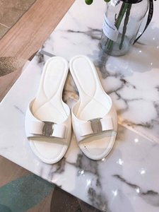 Summer ladies classic hot sell lightweight jelly slippers high quality outdoor beach hotel luxury slippers luxury designer leather sandals