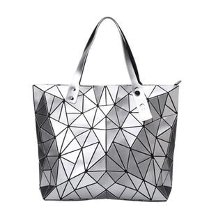 Yeni Kadın Çanta Mat Üçgen Lazer Bao Kadın Elmas Geometri Geometrik Kapitone Tote Mozaik Omuz Çantası Aydınlık Çanta
