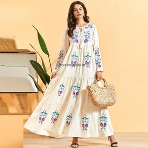 Plus Size Vestidos Robe Femme Ete 2020 Abaya Turkey Muslim Embroidery White Long Boho Maxi Dress Summer Women Party Dresses