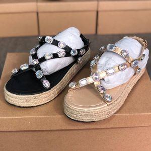 여성의 신발 가죽 스트로 플랫폼 샌들 여름 파티 드레스 신발 럭셔리 야외 플랫폼 슬리퍼 EU43를위한 빅 사이즈 라인 석 샌들