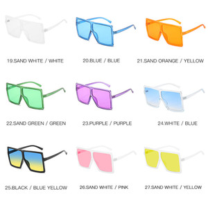 Moda Büyük Boy Kadınlar Güneş Benzersiz Marka Tasarımcı Sunglass Vintage Kare Gözlükler Çerçeveler İçin Kadın Üst Kalite UV400 1702