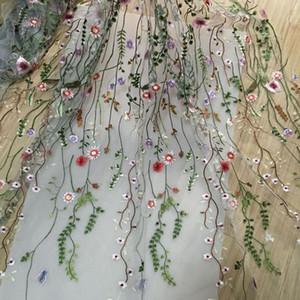 2018 tecido de costura Net Fio 3D Bordado Tecido Chiffon Flor Malha Material de Vestido DIY Acessórios de Vestuário