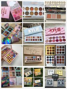 Kylie Jenner 4/9/12/14/18 Cores New composição consideravelmente Pressionado Pó Eyeshadow Palette agradável Sombra Paletes estilos misturados em estoque