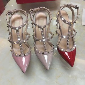 2019 Diseñador mujer charol tacones altos fiesta moda remaches chicas sexy punta estrecha Danza zapatos de boda sandalias de correas dobles