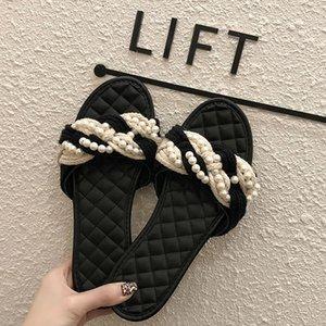 2020 Marka Yaz Kadın Trend Dokuma Pearl Flip Flop Sandalet Kızlar Plaj Açık Önü Lüks Tasarımcı Casual Yumuşak Düşük Topuklar Flats CX200613