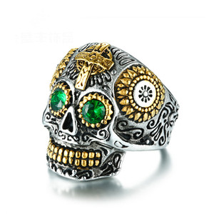 Hot Men Rings Punk Rock Style Skull Pattern Gold Plated Ring With Green CZ Crystals Luxury Ring For Men