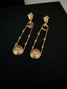 Yeni bir retro güzellik kafa ataş kolye tasarımcı küpe lüks tasarımcı takı kadınlar küpe