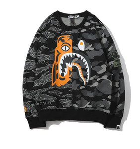 New Outono Inverno Homens 'Hip Hop Streewear das Mulheres dos homens Decote Redondo 3 M Camuflagem Reflexiva Impresso Capuz De Veludo Tops Frete Grátis