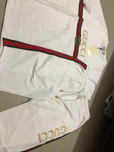 2020ss Hommes marque mode Lettres Survêtement broderie d'été Vêtements de sport à manches courtes Pull Jogger Pantalons Costumes O-Neck Sportsuit