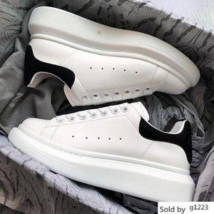 2019 das mulheres dos homens Chaussures Velvet Sapato preto bonito Platform Casual Sneakers Designers Luxo Sapatos de couro Cores sólidas Vestido x1 Shoe