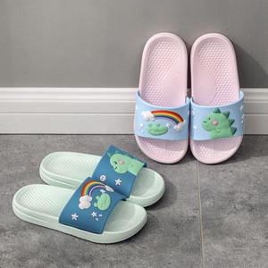 Женщины Мужчины Лето Главная Тапочки 2020 детей Мультфильм Дизайнерские Lovers комната Крытый тапочка женщина плоские сандалии обувь Женская мода Слайды