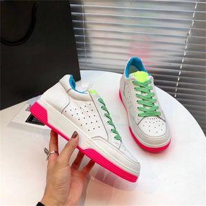 Lujo mujeres de la plataforma Zapatos de la zapatilla marca con la piel de becerro con cordones de la zapatilla de deporte de la manera del remiendo Colores calzado transpirable deporte con la caja
