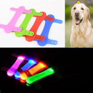 Spie di sicurezza di sicurezza cinghie di silicone per cane Pet Aupplies LED luce benda incandescente sul collare di cane Animali domestici Acessorios # 815