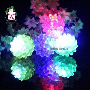 Venda quente de Natal Fulgor Brinquedo LED Cor Dedo Morango Flash Anel Tenda Brinquedos Direto Da Fábrica de Vendas