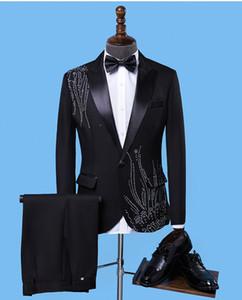 Nuovi Abiti da uomo Nero Blazer da ricamo Slim Fit Rosso Bianco / Nero Abiti da sposa Business Smoking maschile Bottoni singoli Tuta