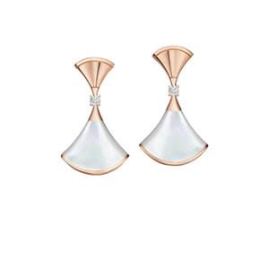 Diseñador B 925 Falda en forma de abanico de plata esterlina Vestido de mujer Pendientes Regalo de San Valentín Joyas de boda 1: 1 Alta calidad Caliente