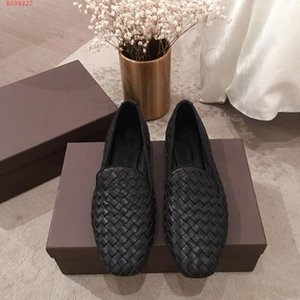 New summer women shoes leather lady loafers, woven plaid pattern Low - heeled women shoes , Comfortable daily wear style