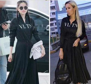 2019 Designer Women Dress High End Black Stand collare maniche lunghe pieghe lungo Womne Dress Letter Print Zipper Celebrity Style Dress