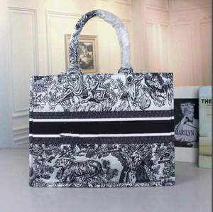 2020 classique fleur de cerise coloré sac à main Cartable Totes Designer Sac imprimé brodé grand sac à main de la capacité du shopping sacs de sacs