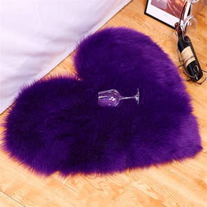 tappeti di lana a forma di cuore imitazione europee Soggiorno bovindo cuscino comodino coperta tavolino peluche 40 * 50cm all'ingrosso fabbrica