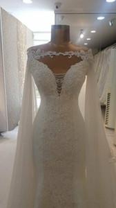 Cape de mariage blanc Cap 2019 en mousseline de soie cathédrale Applique Longueur Ivoire Wraps mariée Vestes Bolero Châles Accessoires de mariage