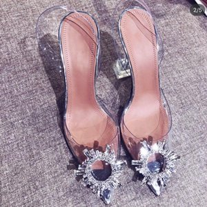 Women's transparent sandals with pointed toes xia 2019 new word with water diamond sexy baotou heels