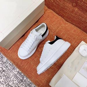 calçados esportivos masculinos das mulheres reflexivo de couro branco modelos sneakers plataforma das mulheres casal 3M ocasional plana sapatos de casamento festa de camurça sneaker