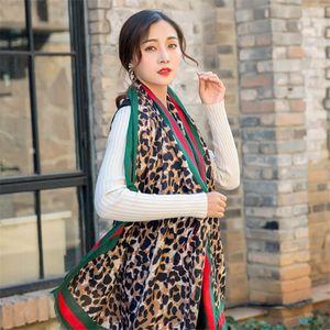 2019 neue Baumwolle und Leinen Schal Damen Leopard Art und Weise klassische Muster Damen Schal Herbst Winter Schal Schal