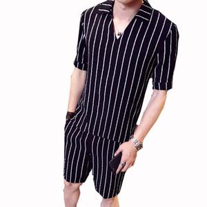 Mens Summer Fashion Shirt conjunto único Design Duas parte pattern Stripe Masculino Set Branco Preto Stripe capuz shirt Shorts