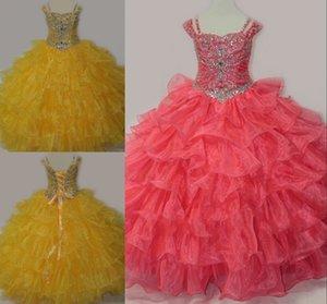 Pretty Belle Belle Giallo Corallo 2021 Abiti da passaggio con maniche corte Corsetto Organza Ball Abito Strass Girls Crystal Bead Flower Girls Dress
