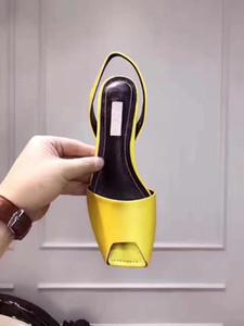 Las mujeres sandalias de la manera zapatos de las señoras del envío del verano Grado superior zapatos de lujo de tendencia Patrones temperamento elegante paño de seda Disigner Square