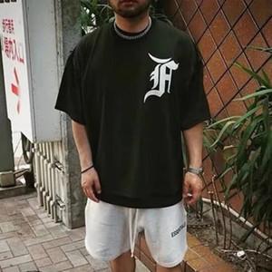 20SS malla de manga corta TEE bordado insignia camiseta Casual moda Tee hombres y mujeres pareja diseñador cómodo verano camisetas HFXHTX128