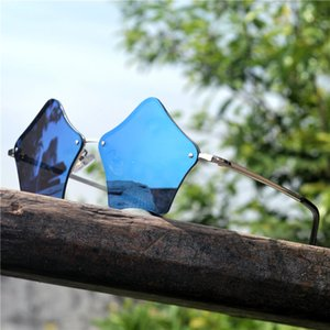 Design little stars Sunglasses Hollow Geometric Sun Glasses Women Men Brand UV400 Personality Creative Metal Frame FML