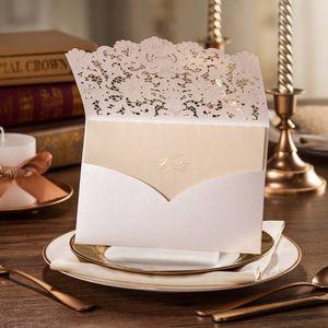 Convite romântico do casamento cartões Convite Cartolina esvaziamento Flower Lace Carta Cumprimentos Cartão do partido para o abastecimento 6 4WS E1
