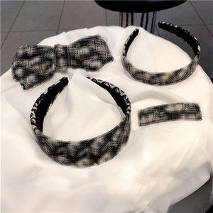 Luxe femmes Hoop Designer-Enveloppé main cheveux Marque Retro Bandeau Hair Bow Clip Side Clip Accessoires cheveux