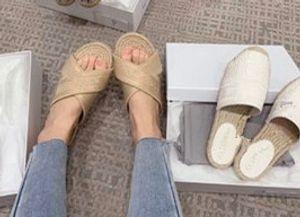 2020 новые сандалии черные сандалии джинсовые плоские тапочки обувь дамы лето открытый пляж причинные шлепанцы натуральная кожа подошва коробка
