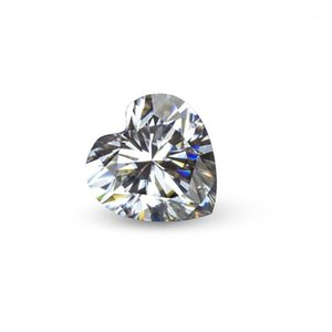 Heart Cut Flawless D Color Moissanite Diamond Easy to Pass The Test Greater Than Or Equal to 0.5CT1