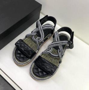 Mujeres de lujo de fondo grueso muffin sandalias inferiores y zapatillas marca de moda punta abierta cómoda cuña antideslizante femenina sandalias de ocio