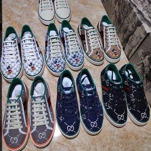 عيد الميلاد بيع أحذية عالية الجودة قماش الشقق أحذية التزلج عارضة النساء الفاخرة الاحذية الرياضية الأحذية المتسكعون ومع الاطار الأصلي