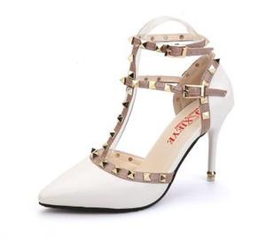 Мода Новые Летние Рома женские Сандалии Обувь Sandale Сексуальный Тонкий Каблук 9 см Высокие Каблуки Сексуальные Сандалии с Открытым Носком Женщины Заклепки Обувь