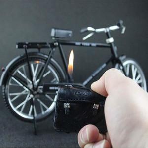Neues kreatives Fahrrad Zigarettenanzünder Retro Ledertasche Aufblasbarer Gasfeuerzeug Dekorationen Collectibles Rauchzubehör Geschenk für Mann
