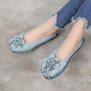 GKTINOO 2019 couro macio genuíno Flat Shoes Mulheres Flats com flores Senhoras sapatos Mulheres Designers Loafers mocassim SH190928